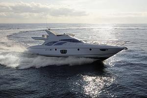 yacht-fly