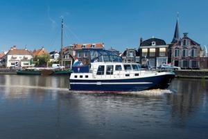 cabin-cruiser-fluviale