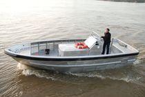 Barca di assistenza all'ormeggio entrobordo