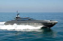 Super-yacht da crociera / con fly / in alluminio / dislocante