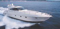 Motor-yacht rapido / hard-top / dislocante