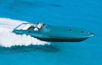 Motor-yacht rapido / open / con scafo planante / con 2 o 3 cabine