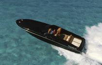 Cabinato entrobordo / offshore / con 2 cabine