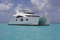 Motor-yacht catamarano a motore / rapido / da crociera / con fly