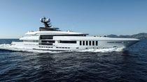 Mega-yacht da crociera / con cabina di pilotaggio / con piscina