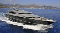 Mega-yacht da crociera / con cabina di pilotaggio / in acciaio / con 5 cabine