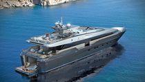 Super-yacht da crociera / con fly / in alluminio / con scafo planante