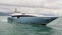 Super-yacht da crociera / con fly / con scafo planante