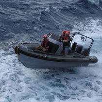 Barca militare fuoribordo / gommone semirigido