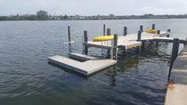 Pontile galleggiante / di ormeggio / per base turistica sportiva / per canoa-kayak