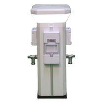 Colonnina di distribuzione elettrica / di distribuzione di acqua / con illuminazione incorporata / per pontile