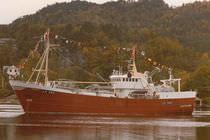 Nave da pesca professionale tonniera