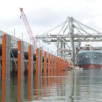 Parabordi per porto / per terminale portuario / per banchina / a cellule chiuse