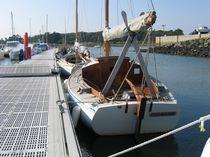 Barca a vela day-sailer / tradizionale / con poppa aperta