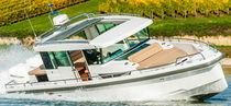 Barca open fuoribordo / bimotore / con console centrale / hard-top