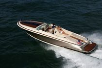 barca a motore : runabout entrobordo (con cabina) CORSAIR 32 Chris Craft