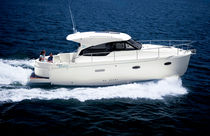 barca a motore : cabin-cruiser entrobordo hard-top SPIRIT 31 Rodman