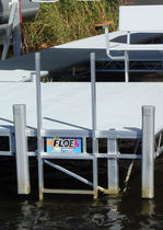 scala per pontile (in alluminio)  FLOE INTERNATIONAL, INC.