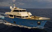 yacht di lusso : motor-yacht (explorer) LONG RANGE 23 Mochi Craft