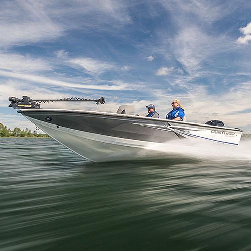 bay boat fuoribordo / con console laterale / con dual console / da pesca sportiva