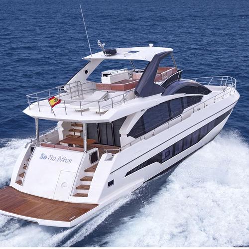 motor-yacht da crociera / con fly / GRP / dislocante
