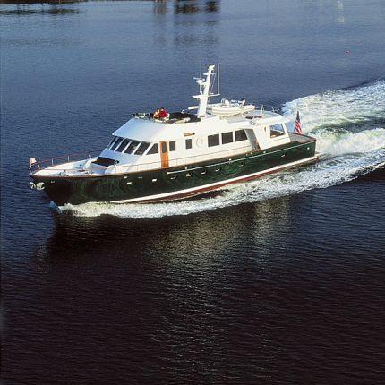 motor-yacht da crociera / con fly / open / con 2 cabine