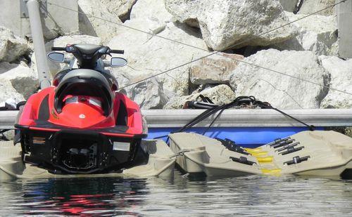 pontile galleggiante / per ormeggio a secco di jet-ski / per marina / in polietilene