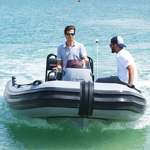 barca militare / fuoribordo / RHIB