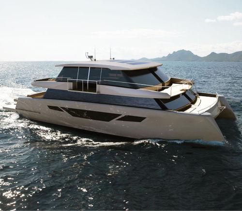 motor-yacht catamarano / da crociera / con fly chiuso / semi-custom