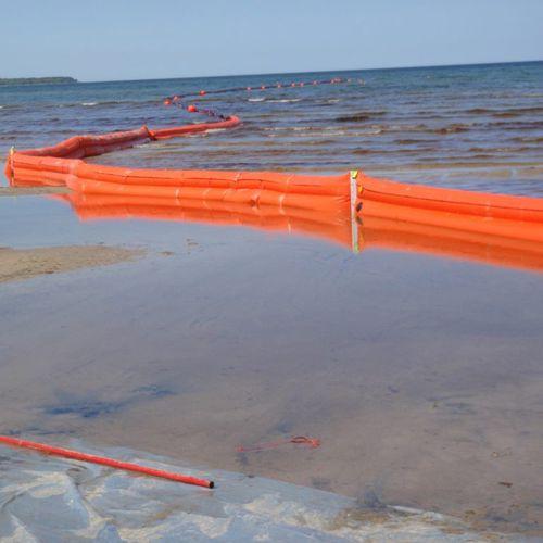 barriera antinquinamento / galleggiante / per fiume / per zone soggette a variazioni di marea