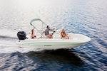 Deck boat fuoribordo / max. 7 persone 186CC Stingray Boats