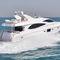 Motor-yacht rapido / con fly / con scafo dislocante 77 Majesty Yachts