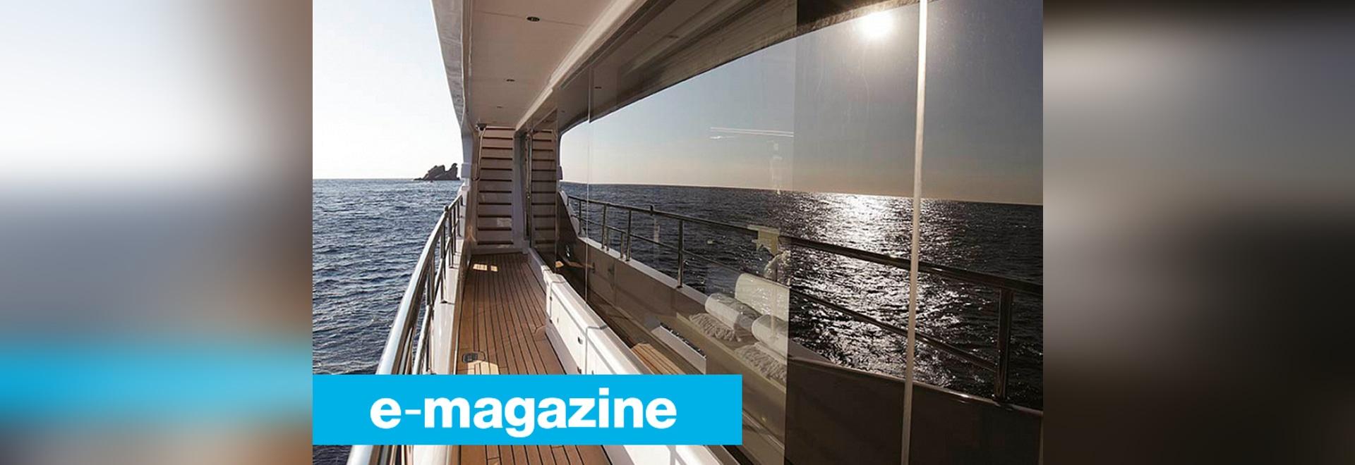 Lustrando al festival di navigazione da diporto di Cannes