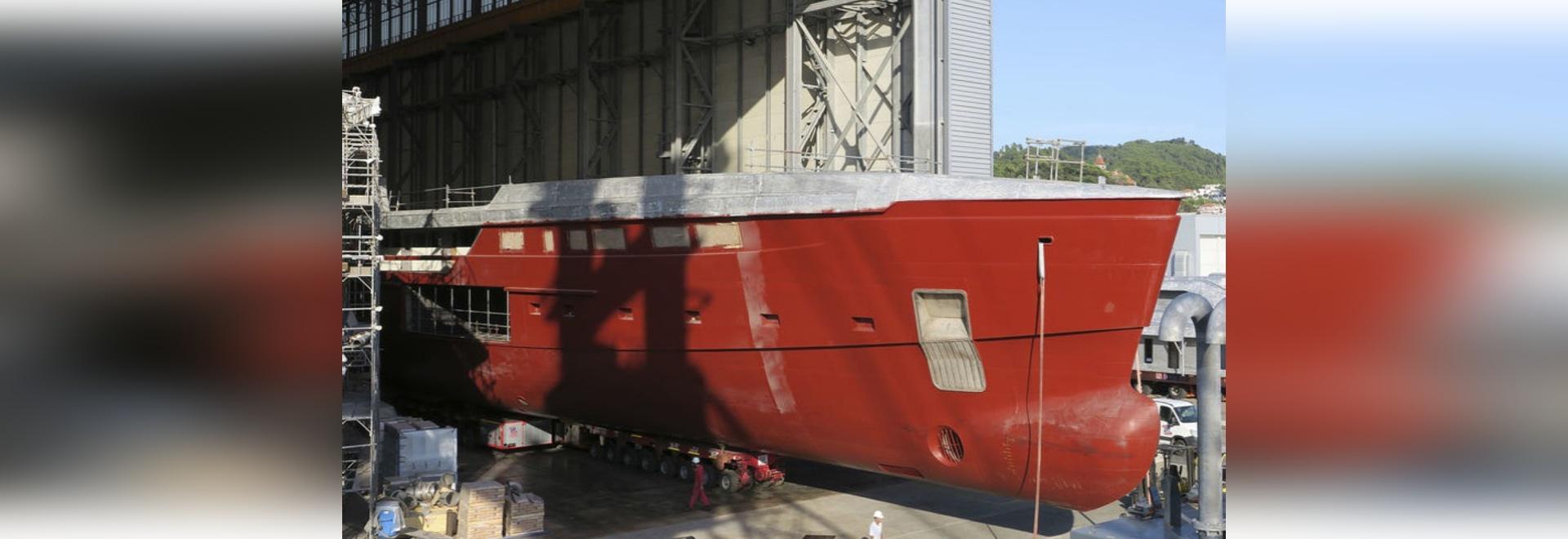 Sanlorenzo accoglie favorevolmente il nuovo superyacht 62Steel al cantiere navale di Spezia della La