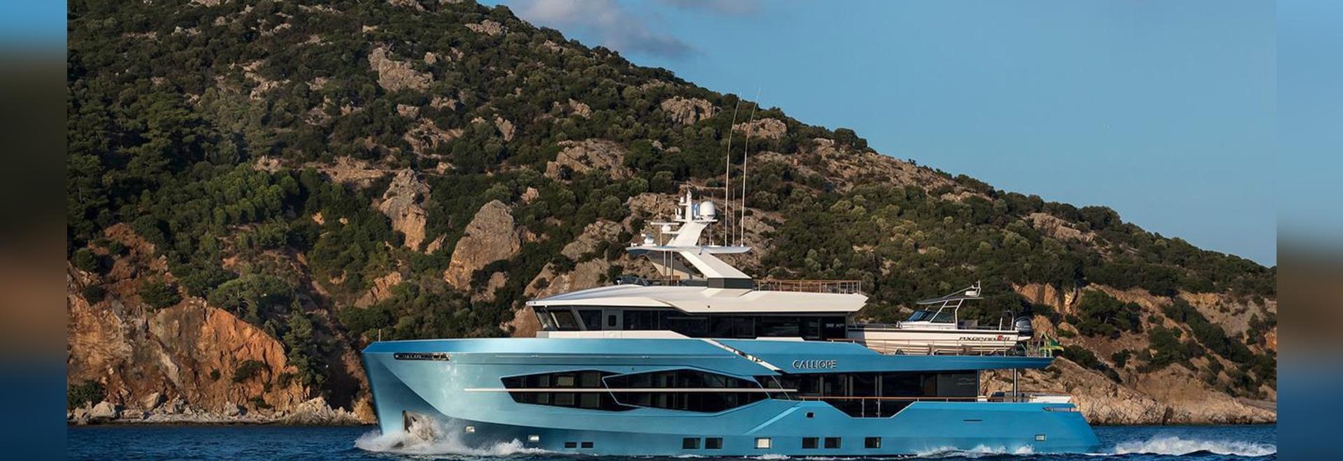 In secondo luogo l'yacht di Numarine 32XP ha consegnato e nominato Calliope