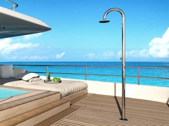 C carbon la nuova doccia in carbonio e acciaio inox per yacht