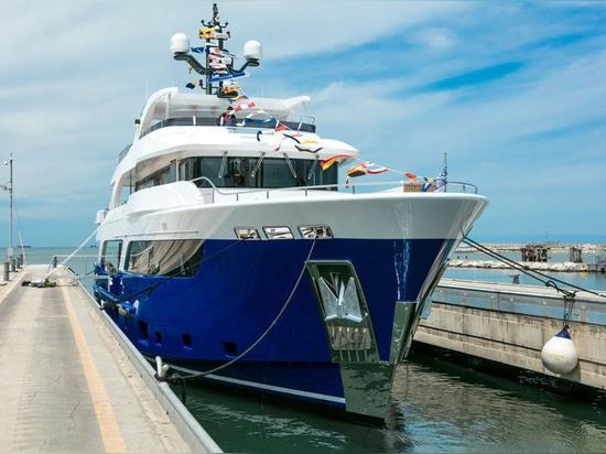 Numero record dei superyachts sotto contratto a CdM