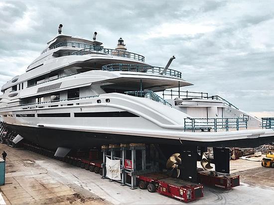 Lanciato: Sguardo più attento al nuovo superyacht FB 277 di 107m Benetti