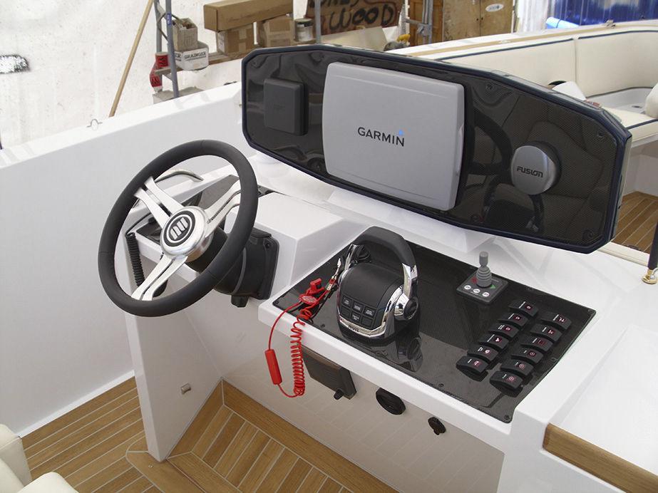 online store 59daf ed51c Barca open fuoribordo / diesel / bimotore / con console ...