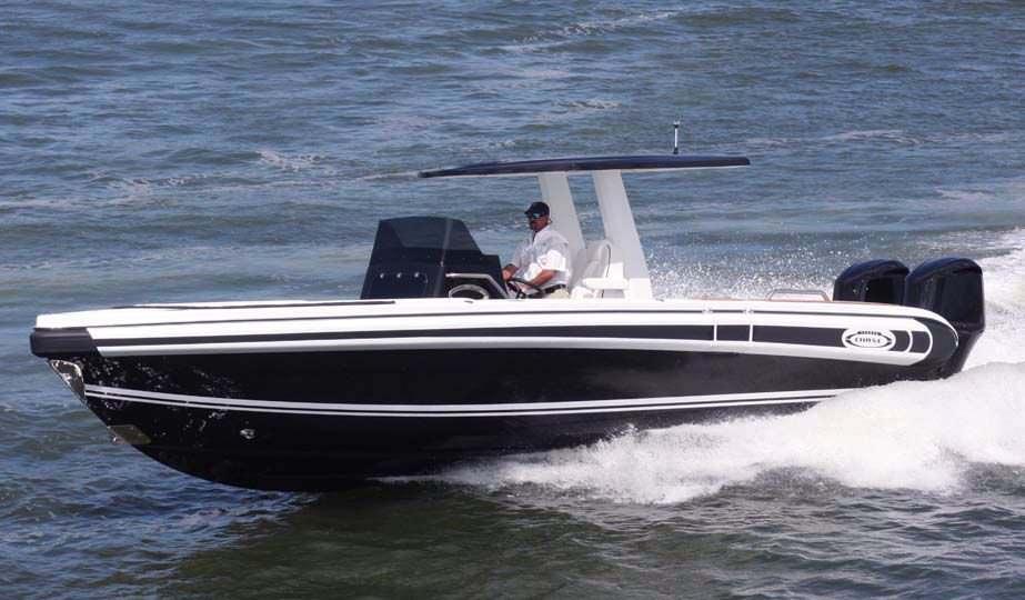 quality design 08eee c5fe3 Barca open fuoribordo / diesel / bimotore / con console centrale Chase  Series 31 Novurania