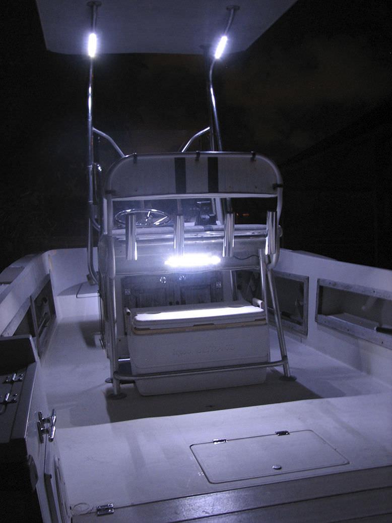 Luci A Led Per Barche.Striscia Di Illuminazione Da Esterno Per Barca Led