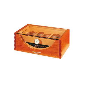 armadietto umidificatore per sigari per yacht