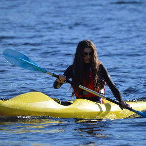 kayak sit-on-top / rigido / da turismo / da mare
