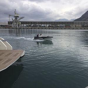 lancia fuoribordo / elettrica / con console laterale / tender per super-yacht