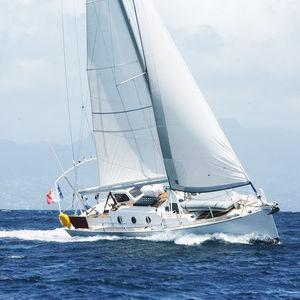 barca a vela da crociera costiera