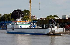nave speciale chiatta da lavoro
