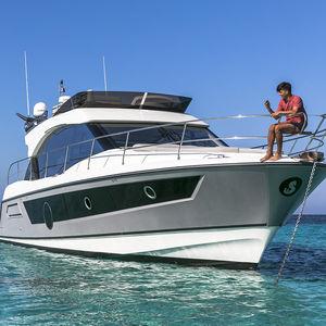 motor-yacht da crociera / con fly / IPS / con 3 cabine