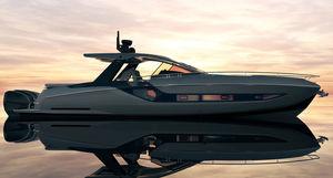 cabinato fuoribordo / quadrimotore / dislocante / hard-top