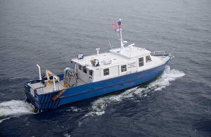 barca professionale peschereccio a strascico / entrobordo / in alluminio