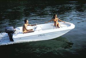 barca open fuoribordo / open / con console laterale / max. 5 persone